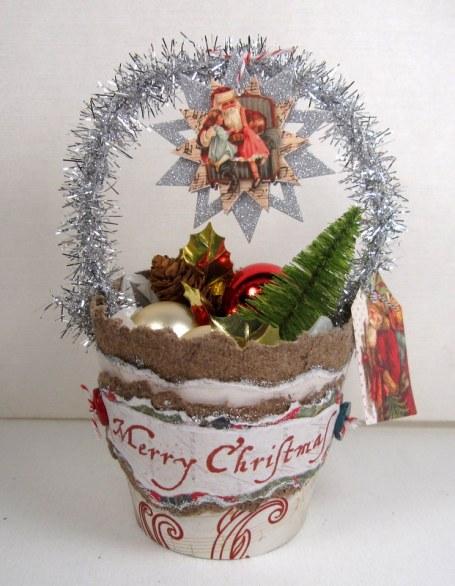 Nostalgic Christmas Basket